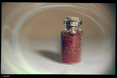 IMG_3169 (anto-logic) Tags: colori porporina glitters brillante bright luce light sole sun arcobaleno boccetta flask tappo cap sughero cork composizione colorate gioia gioiose vita allegria rosso arancione giallo verde azzurro indaco violetto rosa ciano magenta luci puntodivista profonditàdicampo bello colors rainbow composition compo colorful joy joyous life merriment red orange yellow green blue indigo violet pink cyan lights pointofview depthoffield beautiful pov dof bokeh nice pretty cute gorgeous wonderful fabulous eos canon
