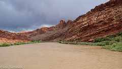 Storming Over the Colorado (11Jewels) Tags: canon 18200 coloradoriver lionpark moabutah storm