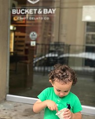 Another cute gelato lover around! Photo credits @ggtad 😊 ・ ・ #bucketandbay #bucketandbaygelato #craftgelato #gelato #jceats #jerseycity #jerseycityeats #cute #child #gelatolover (bucketandbay) Tags: bucketandbay jerseycity gelato