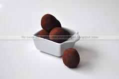 Bolinhas de cacau e tâmaras (Letrícia) Tags: energyballs bolinhas cacau cocoa tâmaras dates almondflour amêndoas