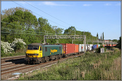 90041, Roade, 4L89 (Jason 87030) Tags: 4l89 liner freight freightliner 90041 skoda class90 wcml felixstowe crewe basford hall coatbridge containers cargo sunny 2013 june canon eos acelectric locomotive