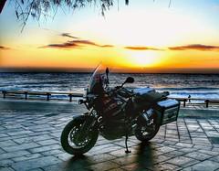 Sharing my sunrise...🔆 (carlesbaeza) Tags: sunrise amanecer matinada sol sun love yamaha xt1200z supertenere ngc motorcycle motorrad travel catalunya catalonia