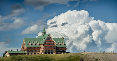 Prince of Wales Hotel and Storm (Tom Stoncel) Tags: waterton d810 nikon princeofwales hotel luxury dramatic getaway thunderstorm forcedperspective
