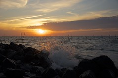 Sonnenuntergang am IJsselmeer (fotio14) Tags: ijsselmeer holland nordholland deich ufer sonne abend himmel