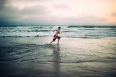 Sea legs (demandaj) Tags: 35mm 14 nikon beach ocean socal ca santamonica summer amandatipton