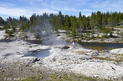 Fan, Mortar, and (the ever-delightful) Spiteful geysers along the Firehole River (V. C. Wald) Tags: tamron16300mmdiiipzd uppergeyserbasin yellowstonenationalpark geothermalfeature fireholeriver