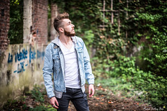 Quentin (Mickael Shooting Stars) Tags: rouge shoot shooting modele homme usine abandonnée swag mode ancien fosse lens arras d750 jean badboy