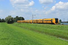 NSR 3434+3437+3436 @ Zwolle (Sicco Dierdorp) Tags: ns nsr reizigers dm90 buffel serie3400 zwolle wierden enschede polder sekdoorn