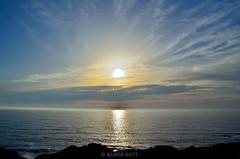 Atardecer, Oceano Atlántico, España... (Alberto Fer.) Tags: oceano mar agua sal salada atlántico atardecer puesta de sol paisaje color nubes nikon 5100 naturaleza