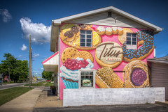Titus Bakery and Deli (donnieking1811) Tags: indiana lebanon titusbakeryanddeli donuts longjohns bismarks danish fritters cannoli mural art painting building exterior outdoors hdr canon 60d lightroom photomatixpro