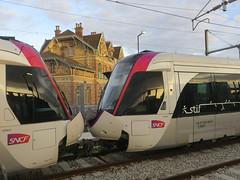 Paris (T11) (Jean (tarkastad)) Tags: tarkastad tram streetcar tramway alstom france stadtbahn lightrail lrt paris train tåg railway sncf tramtrain strasenbahn station gare
