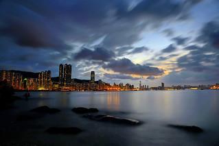 日落後,風雲瞬變  Clouds gathering momentarily after sunset