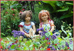 Milina und Sanrike ... (Kindergartenkinder) Tags: dolls himstedt annette park blume garten kindergartenkinder essen grugapark personen blumen sanrike milina sommer