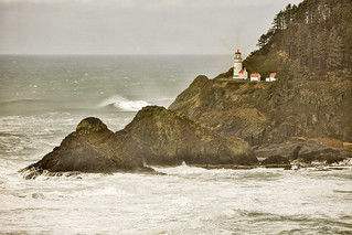 THE STORM AT HECETA HEAD LIGHTHOUSE