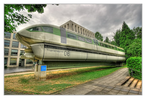 Bonn - Deutsches Museum Bonn - Transrapid 06 03