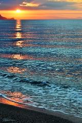 Alba ligure (lefotodiannae) Tags: riva italia liguria loano colori riflessi mare sky sun sole sunrise mattino alba lefotodiannae