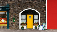 The Shopkeeper's Entrance - Ballydavid - Dingle - Ireland 2015 (Wilma v H- running behind a bit Sorry!) Tags: anbóthárbuí boherboydingle dinglepeninsula dinglewayhiking irishentrances doors colourful shops streetphotography murreagh ireland irish eire canoneos600d luminositymasks tkactionsv5panel groceriesstore quikpicksiopagrósaera holiday travel 2015 kilcooly ardamoredingle cillchuiledingle ballydavid