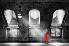 Girls of Baker Street (Bernhard Sitzwohl) Tags: bakerstreet w1 england gb uk london tube underground platform waiting girl red dress
