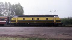 4 NMBS 5501 - Lommel, 1991 (dloc567) Tags: lommel nmbs sncb reeks55 serie55 gm emd