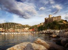 Im Hafen von Lerici (wiwenir) Tags: 2017 italien ligurien lerici hafen port zonesytemexpress paletteeffects photoraw
