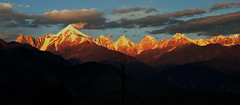 Burning hills. (draskd) Tags: panchachuli munsiyari uttarakhand sunset india asia nikon landscape fiery burning mountainscene mountainphotography mountain panchachulirange kumaonhimalayas draskd