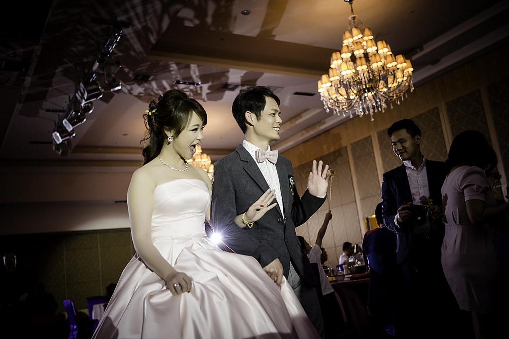 婚禮紀錄,高雄婚禮攝影,AS影像,攝影師阿聖,法鬥,高雄婚禮攝影,高雄蓮潭國際會館,婚禮類婚紗作品,北部婚攝推薦,蓮潭國際會館婚禮紀錄作品
