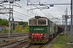DE520.002 + DE520.015 DB CARGO MT Verzuolo - Torino Orbassano F.A. (simone.dibiase) Tags: de520002 de520015 db cargo mt verzuolo torino orbassano fa de 520 002 15 schenker rail italia srl de520 deutsche bahn ferrovie nord lingotto fs dello stato italiane train station stations rails railway railways italy france francia loco locos locomotive locomotiva mercitalia mir mirrail nikon d3300 dslr camera nikond3300 passion passione trainspotter best picture world simone di biase simonedibiase