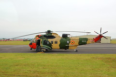 Belgian Sea King (RS02) (Fraser Murdoch) Tags: belgian air component baf sea king mk48 mark 48 mk royal international tattoo riat 2017 raf fairford base airshow military aircraft westland sikorsky 40 squadron aviation helicopter search rescue caledonian travel tour mcphails camouflage fraser murdoch