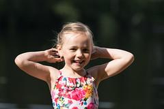 a girl on a sunny day on the beach (VisitLakeland) Tags: vesileppis ranta uida biitsi kesä aurinkoinen luonto järvi beach swim summer finland lakeland lake water fun happy