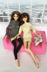 Barbie The Look Sweet Tea and Happy Hipster dolls (alenamorimo) Tags: barbie barbiedoll dolls barbiethelook barbiecollector sisters