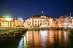 Geneva by night (thc.pix) Tags: geneve bynight night longexposure city switzerland geneva lake urban nikon d7000