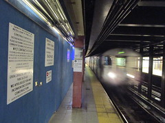 NYC Subway, 07/18/17: a Z train pulls into Broad Street, the first stop on its journey to Jamaica Center (IMG_5413) (Gary Dunaier) Tags: mta metropolitantransportationauthority trains publictrasportation transportation commuting commuters nyc newyorkcity