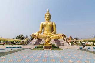 wat muang - ang thong - thailande 15