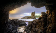 Cathedral Rocks (Jo Langtry) Tags: aloneagain canon5div cathedralrock clouds coast july2017 kiama le nisifilters nsw ocean rocks sigma35mmf14art sunrise winter