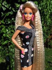 Totally Hair Barbie loves Summer (Dollytopia) Tags: barbie totally hair doll mattel superstar blonde original crimped 1992