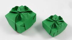 Shamrock Box (simplified) variants (Michał Kosmulski) Tags: origami box tessellation shamrock clover irish ireland stpatricksday saintpatricksday michałkosmulski tantpaper green