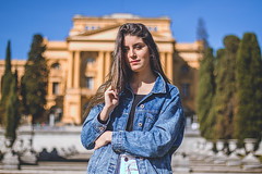 (Augusto Gabriel) Tags: girl green golden light against canon hair house shadow style spontaneous smile sun sky season jacket jardim shapes sexy brazil bealtiful blue blur blonde