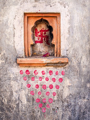 Mumbai 2015 (hunbille) Tags: birgittemumbai1lr india mumbai ghat steps walkeshwar temple complex walkeshwartemple malabarhill malabar hill bangangatank banganga tank lake shrine spots bombay