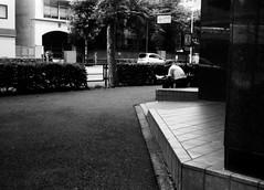 基底面 (basal plane) (Dinasty_Oomae) Tags: konical コニカl konica コニカ 白黒写真 白黒 monochrome blackandwhite blackwhite bw outdoor 東京都 東京 tokyo 中央区 chuoku 日本橋本石町 nihonbashihongokucho