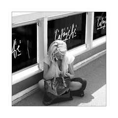 Galeries Lafayette (Franco & Lia (on/off)) Tags: street photographiederue fotografiadistrada paris parigi france galerieslafayette biancoenero noiretblanc blackandwhite 2485f284