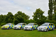 Roads Policing Evolution (S11 AUN) Tags: thames valley police tvp vauxhall vectra 30 v6 cdti estate insignia 20t 4x4 sports tourer volvo v70 d5 bmw 530d 5series touring anpr traffic car roads policing unit rpu 999 emergency vehicle ou13chy