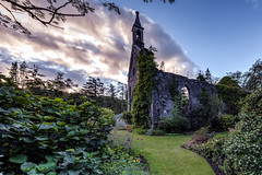 Church ruins in the garden - Scotland (Jan Hoogendoorn) Tags: unitedkingdom scotland kerk church ruins ruine garden tuin