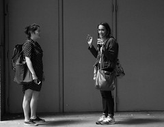 """Endangered Species: People Talking Face to Face"" - Downtown Chicago - 20 July 2017 - 80D - 017 (Andre's Street Photography) Tags: downtownchicago20july201780d people city talking cbot plaza chicago boardoftrade loop downtown innercity chitown conversation street straat straatportret straatfotografie facetoface withoutelectronics withoutcellphone strada strasse lacalle larue women young fotografiadistrada candid zwartwit schwarzweiss noiretblanc blancoynegro blancoenero bw bwphotography photobyandrevanvegten chicagoist chicagojournal chicagomagazine chicagotribune chicagoreader chicagostreets chicagostreetphotographer dutchstreetphotographer dedeka tributetoedvanderelsken dedicatedtodianearbus robertfranksworld vivianmaiersstyle chicagocapture chicagoil canon eos eos80d eflens ef2485mmusm"