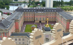von oben- top to bottom (Anke knipst) Tags: potsdam schloss landtag tiltshift citypalace parliament germany