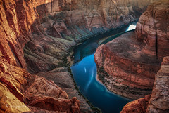 on the edge (cherryspicks (on/off)) Tags: horseshoebend arizona ontheedge colorado river rocks