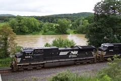 NS 9951 (irail2010) Tags: erie ns railroad ge locomotive