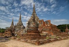 Thailand - Wat Phra Si Sanphet Palace (JimP (in Sarnia)) Tags: chedi stupa temple sanphet si phra wat park historical ayatthaya thailand bangkok