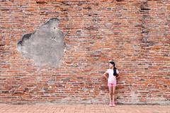 ayuttya (7) (milk_jindarat) Tags: ayuttya people thailand temple heritage graffiti girl daughter kid