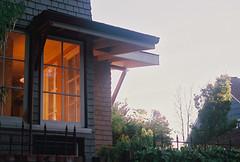 Golden Hour Glow, Alameda, CA (H Polley) Tags: rollfilmweek film 35mm agfaoptima agfa optima200 color nikon nikonfm alameda california eastbay house neighborhood goldenhour