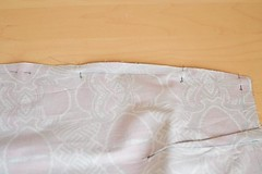 simple_summer_dress_burda_pattern_step-14-1 (Stacyco) Tags: sew sewing sewingproject hobby style diy dress pettern burda burdastyle burgundy guide blogger summer trend design handmade fabric craft colorful print fashion